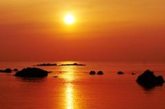 夕景能登は赤住海岸