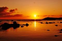 夕景 日本海は能登 赤住海岸