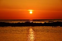 落陽 日本海は能登 小浦海岸