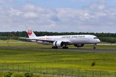 お盆のJAL A350 (^^)