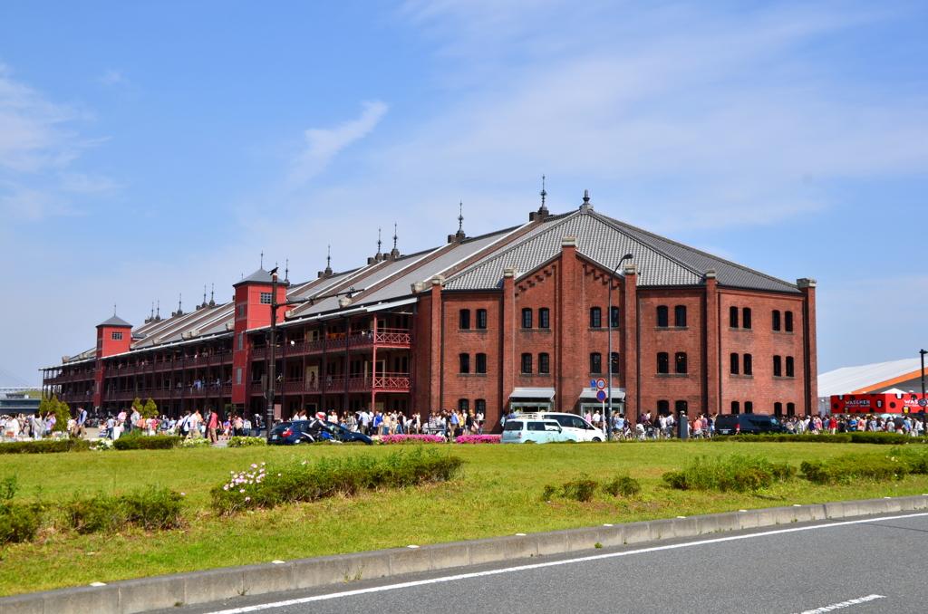 赤と青と緑と - 赤レンガ倉庫