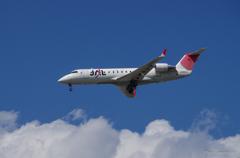 J-AIR JA203J