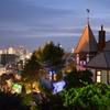 風見鶏の館と神戸夜景