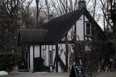 MORRIS  TEA  HOUSE