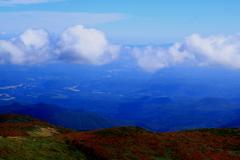 栗駒山から (雲のタマゴ)
