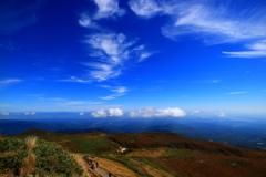 栗駒山から (山の秋空)