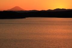 狭山湖の夕暮れ