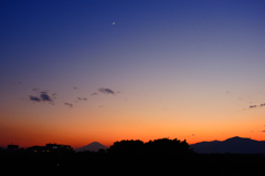 月と富士山とおおやま