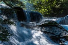 コバルトブル-の滝