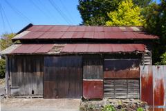 路傍の納屋