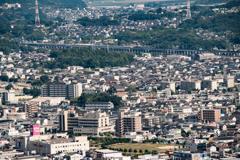 新幹線の走る街