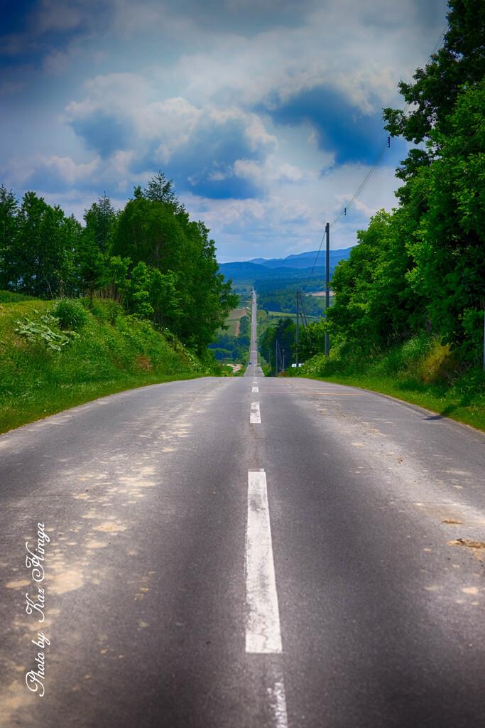 長い坂まっすぐな道