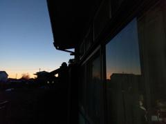 2019/01/04_窓ガラスの夕暮れ