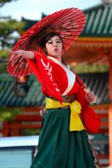 京都さくらよさこい バサラ風流倭尽心舞さん
