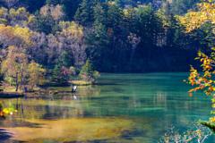 湖畔のカメラマン