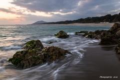 ロングビーチを望む
