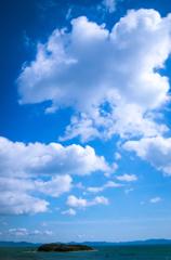 空は海、雲は島