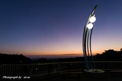 外灯と夕日