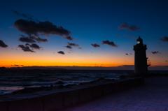 伊良湖の灯火