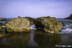 海にある岩