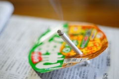 都知事 喫煙中