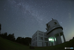 天文台にふりそそぐ星空④
