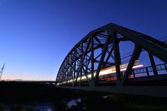 鉄橋にアクセント