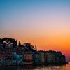 海に浮かぶ街 沈む夕日