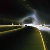 未来へのトンネル