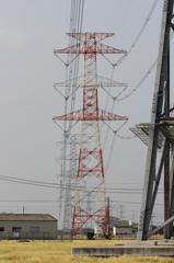 平地とV吊懸垂鉄塔