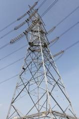 古い500kV耐張鉄塔