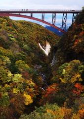 つばくろ谷の秋