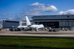 white cargo Jumbo~atlas air