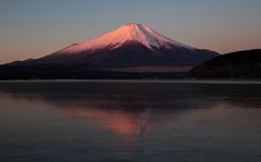 凍結の山中湖