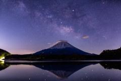 Lake Night①