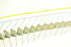 工場の色 華奢な階段
