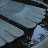 鎌倉・長谷寺の仏足石…