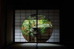 京の円窓…
