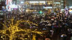 今日の渋谷スクランブル交差点