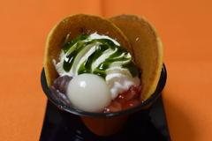 スプーンで食べるどら焼き~苺&抹茶~