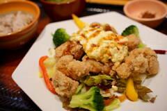 ポテタル鶏竜田のサラダ定食