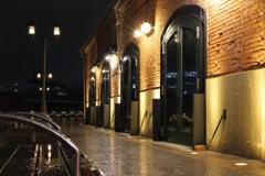 煉瓦倉庫の夜