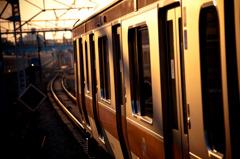 中野駅 中央線 夕風景