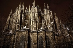 漆黒の晩鐘