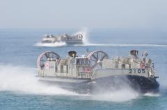 海上自衛隊のホバークラフト船