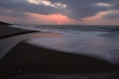 夕陽とSILKYな波