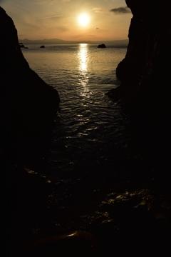 厳流のからの夕陽