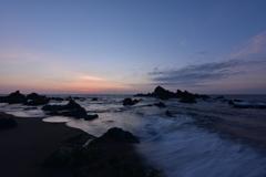 日の出近し~寄せる波~