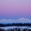 冬の夕焼け、山々の空を染めて。
