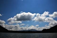 雲に囲まれて・・